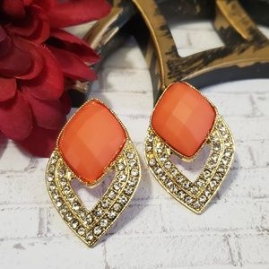 Drop Diamond Facted Cobochon Earrings